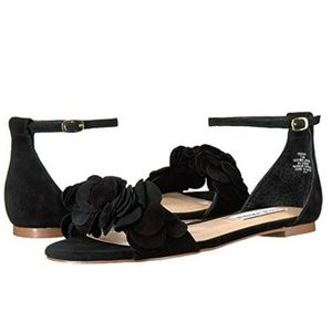 Steve Madden Dorothy suede flat sandals w ruffle
